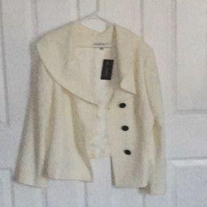 Tahari | White Blazer Size 18
